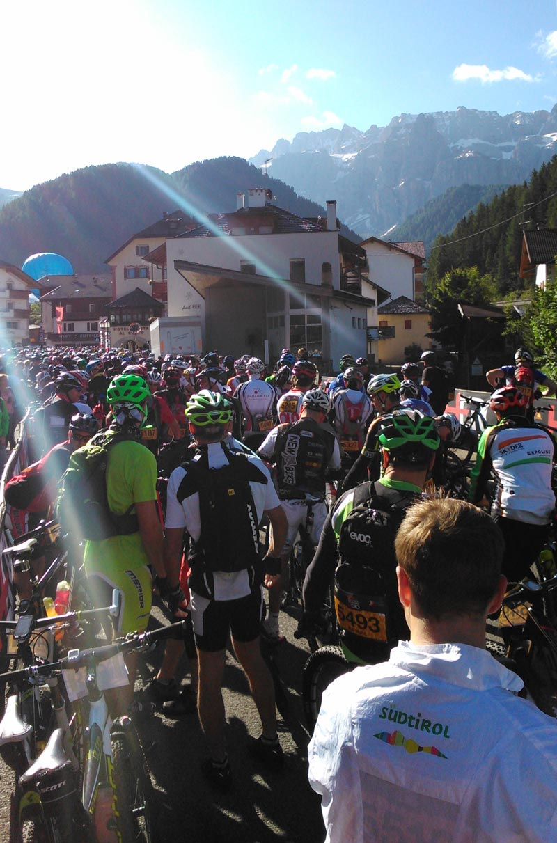 Be a Hero - SellaRonda Hero 2014